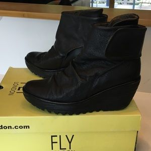Fly London Yegi Black Leather Booties 39